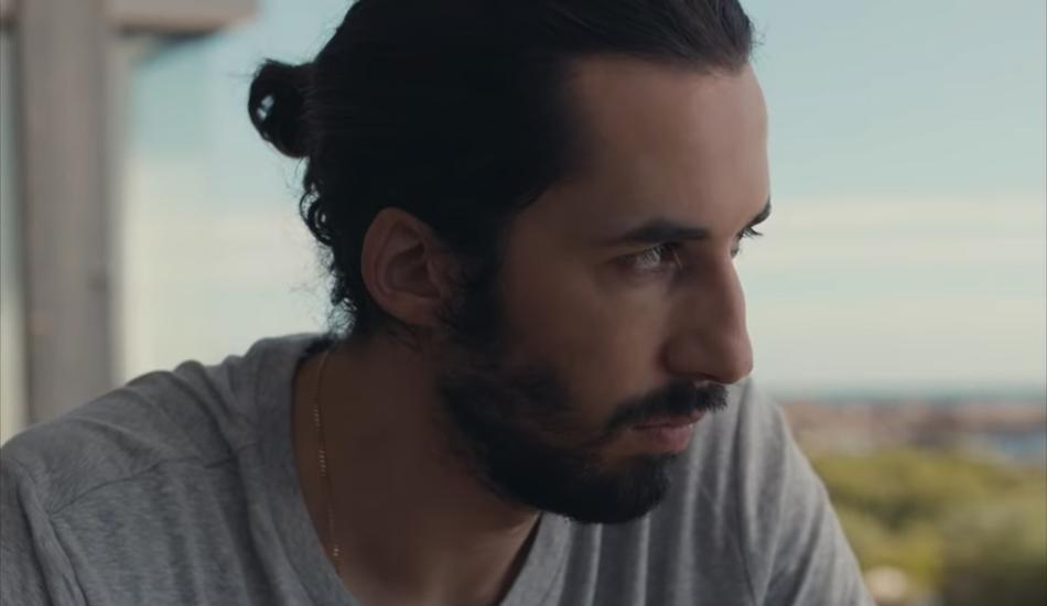 """A voir : """"Trop Beau"""", le nouveau clip émotionnel de Lomepal"""