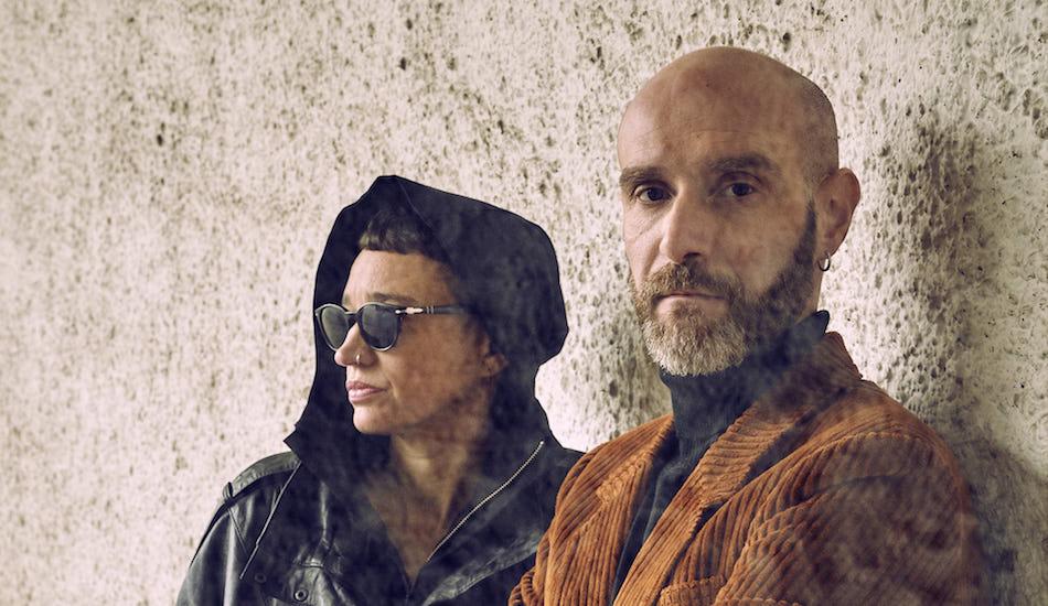 """""""Le Brigand et le Prince"""" : le nouvel EP sombre de Kompromat"""