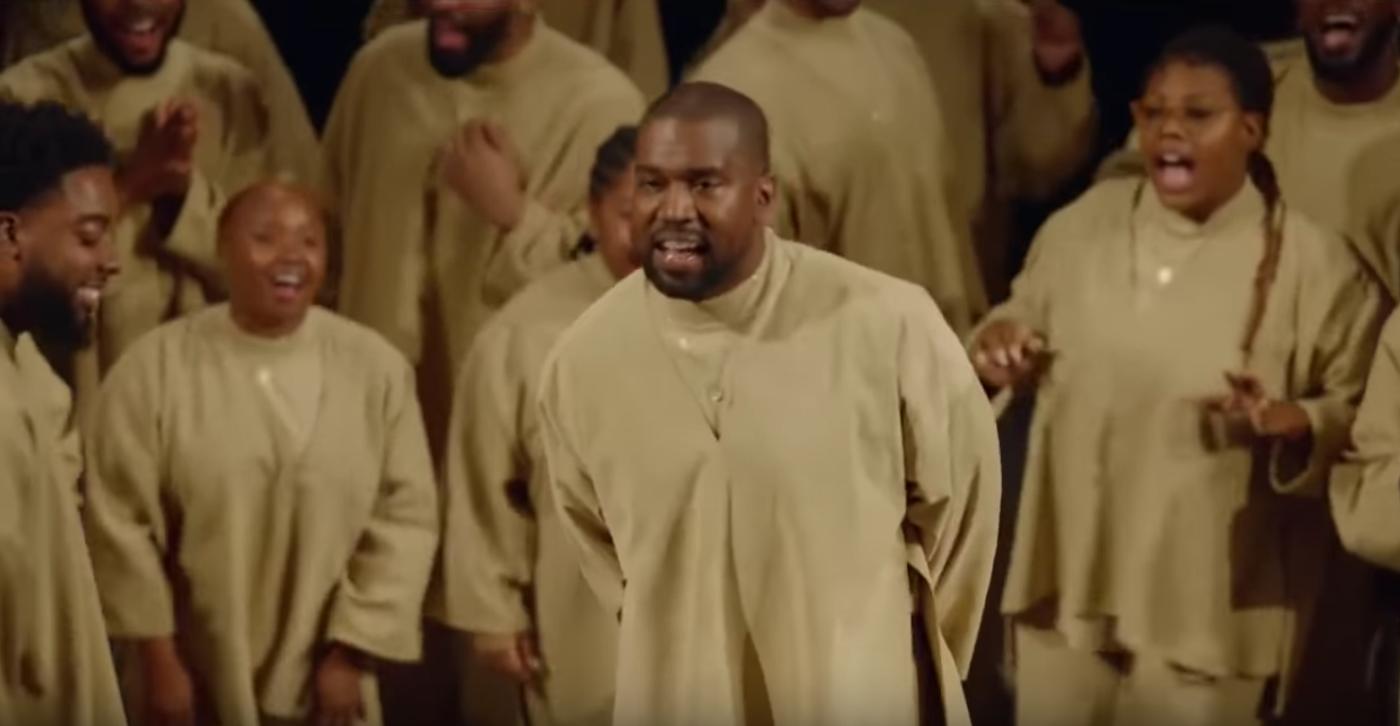 Kanye West chasse Phia Ménard des Bouffes du Nord