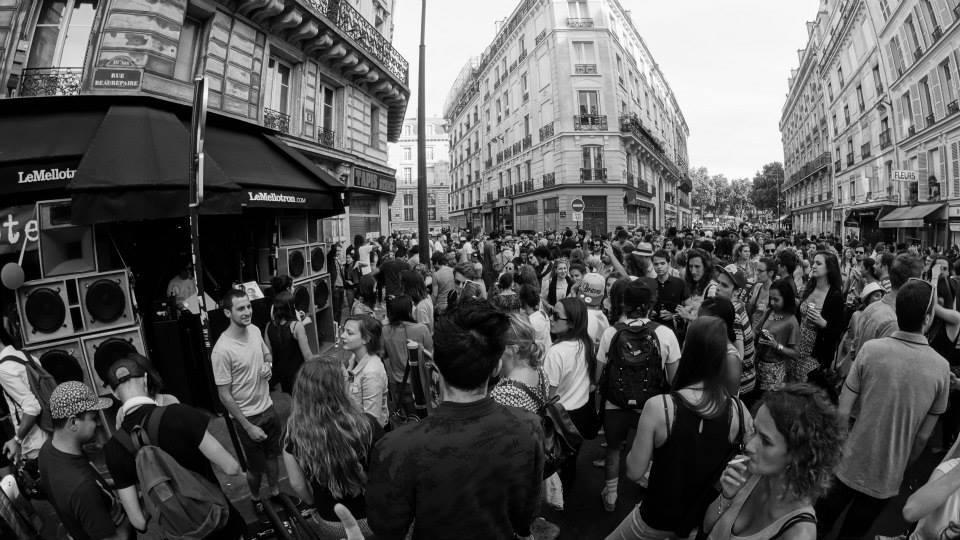 Avec la piétonnisation de Paris, la fête pourrait se faire dans la rue