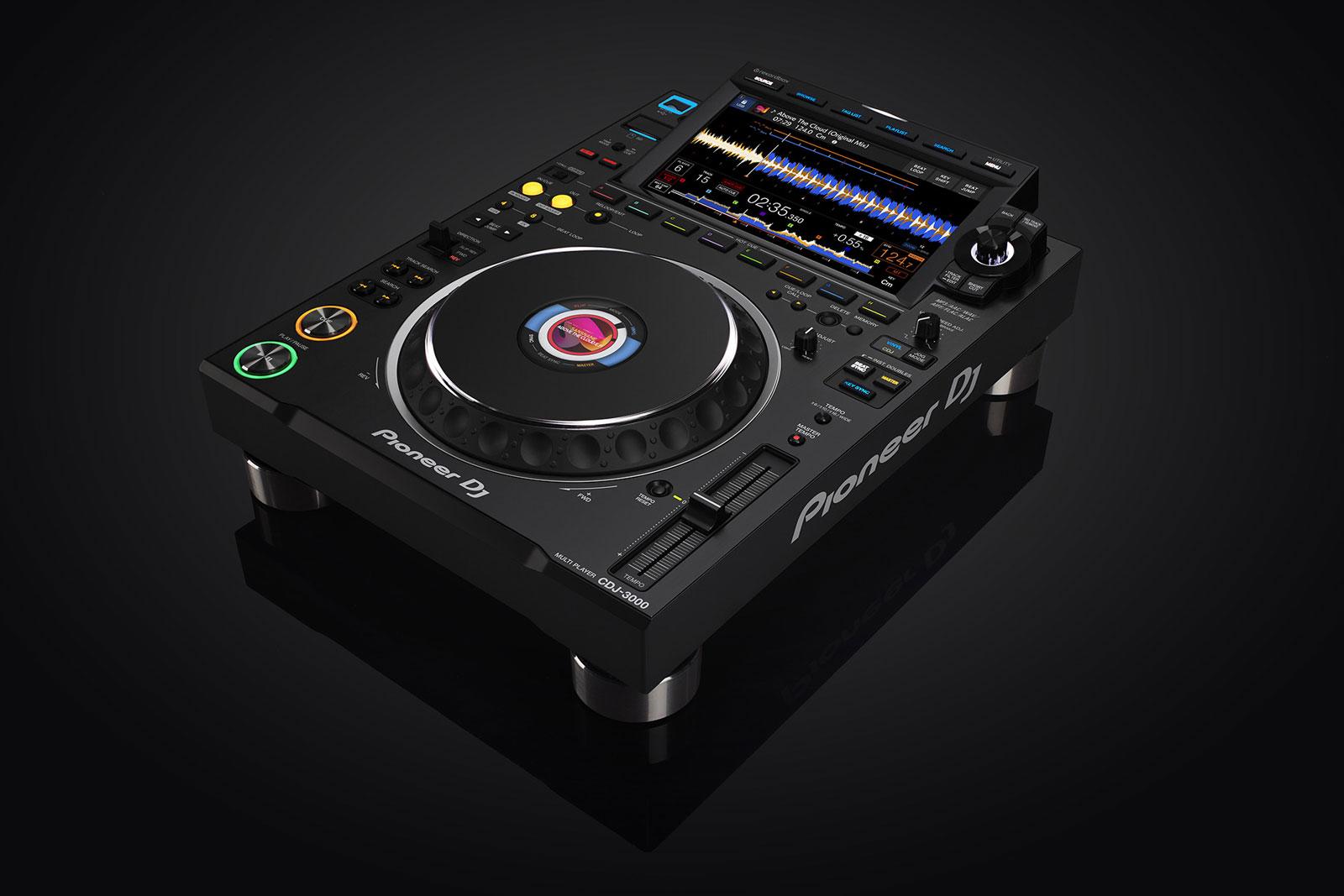La nouvelle platine CDJ-3000 de Pioneer DJ vient de sortir