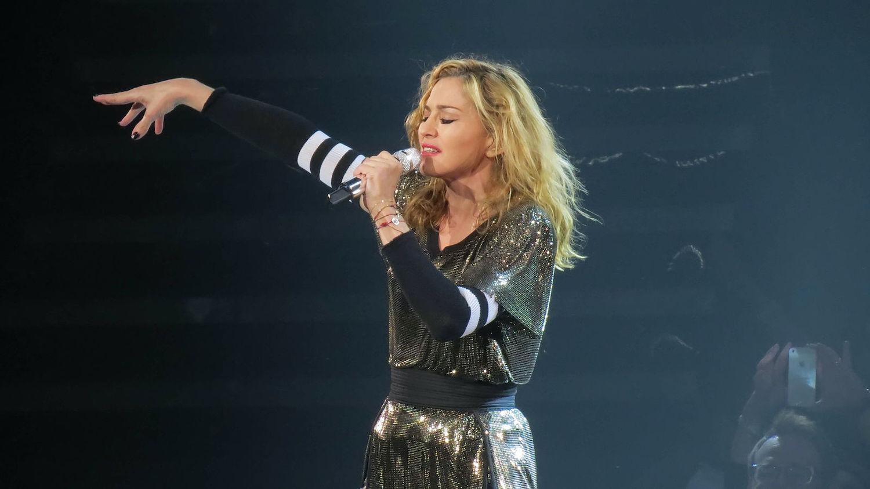 C'est Maradona qui est mort hein, pas Madonna
