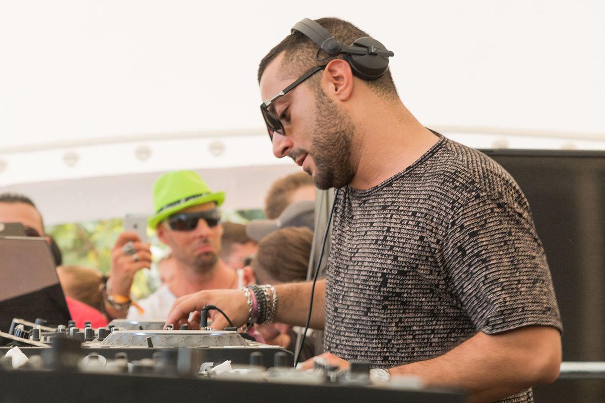 Le DJ Joseph Capriati hospitalisé après avoir été poignardé par son père